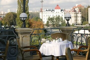 Humboldt Park Hotel & Spa, спа отель с лечением в Карловых Варах