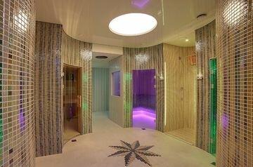 Luxury Spa Hotel OLYMPIC PALACE, отель в Карловых Варах, Чехия